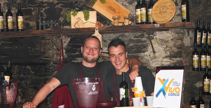 Wandern Sie von Weinkeller zu Weinkeller und probieren die Weine des Jahres