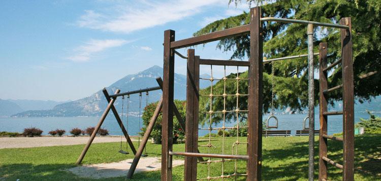 Spielplatz und Uferpromenade Bellano